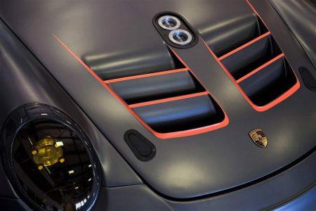 Custom Porsche Branding